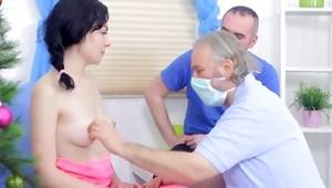 Immature brunette is being sexually abashed by both gyno doctors brutally