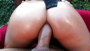 Damsel got her pounded with huge cock